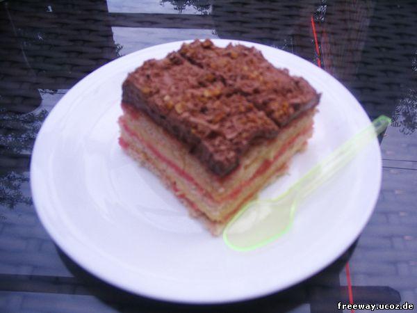 Десерт Zuppa Ingleis (бисквитный торт).