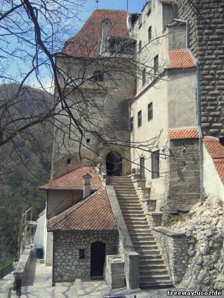 Вход в замок Bran
