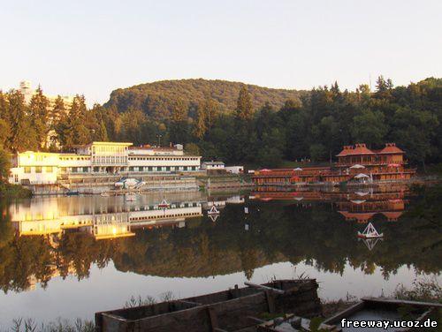 Озеро Ursu на рассвете