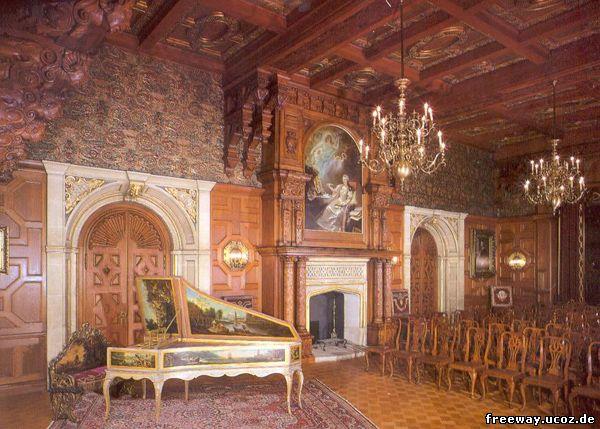 Замок Peles. Концертный зал (Sala de Concerte), второй этаж