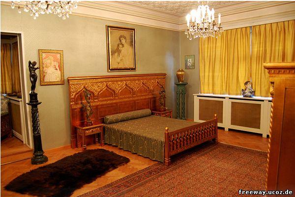 Замок Pelisor. Золотая спальня (Dormitorul de aur)