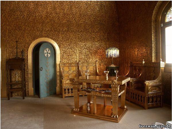 Замок Pelisor. Золотая комната (Camera de aur)